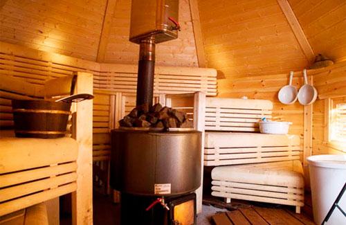 Стальная печь для бани. Преимущества и недостатки банных печей.